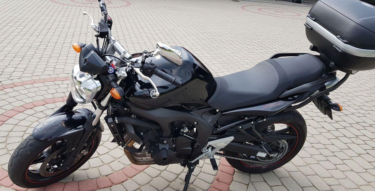 motocykl Yamaha FZ